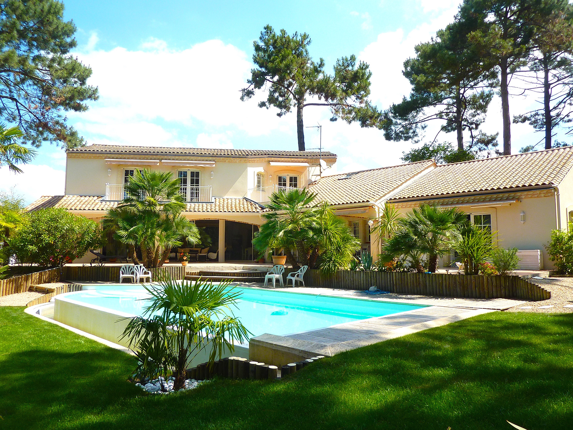 Les plus belle maison du monde avec piscine for Plus belle piscine du monde
