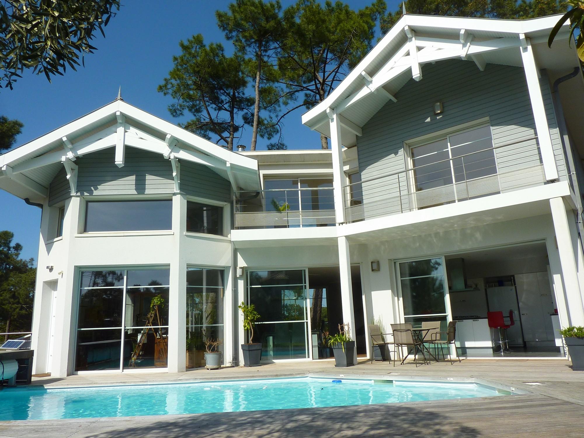 Arcachon secteur des abatilles belle villa d 39 architecte for Architecte arcachon
