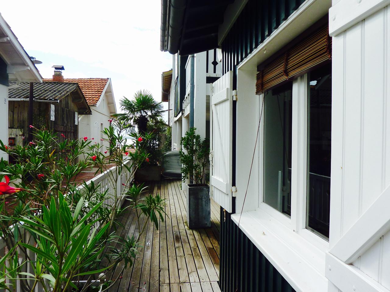 cap ferret village ostreicole maison typique en bois barnes bassin d 39 arcachon. Black Bedroom Furniture Sets. Home Design Ideas