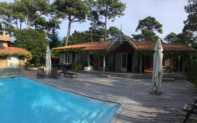 Cap ferret jolie villa bois avec piscine proche des plages - Location maison piscine arcachon ...