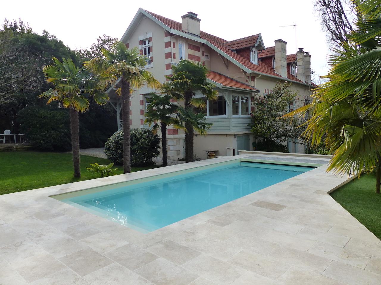 Ville d 39 hiver arcachon somptueuse demeure avec piscine for Piscine bassin d arcachon