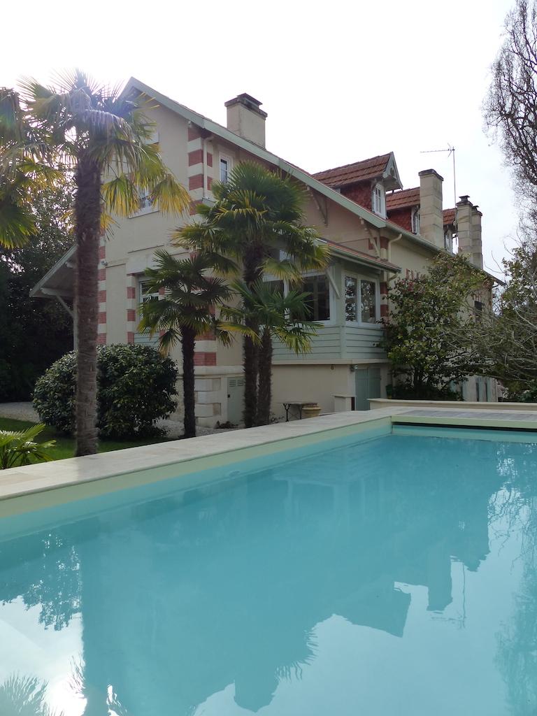 Ville d 39 hiver arcachon somptueuse demeure avec piscine for Piscine arcachon