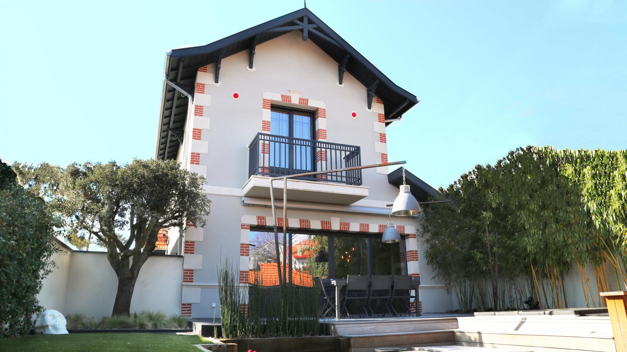 Arcachon vendre jolie villa neuve barnes bassin d 39 arcachon for Villa neuve