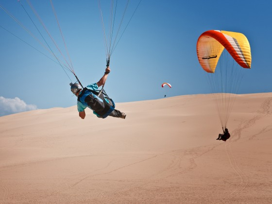 survoler la dune du pyla en parapente barnes bassin d 39 arcachon. Black Bedroom Furniture Sets. Home Design Ideas