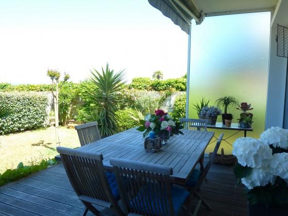 Appartement en front de mer de type 4, 100 m2 habitables et disposant d'un jardin avec accès direct à la plage d'ARCACHON 33120