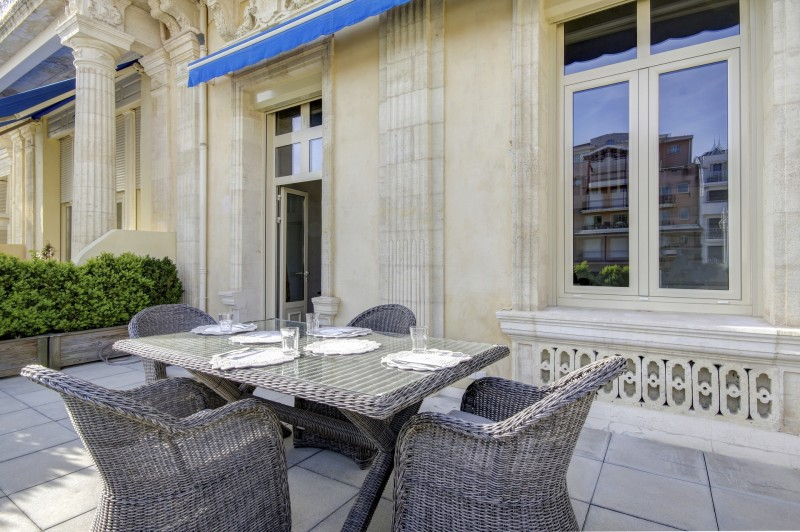 VENTE D'UN GRAND APPARTEMENT AU GRAND HOTEL ARCACHON