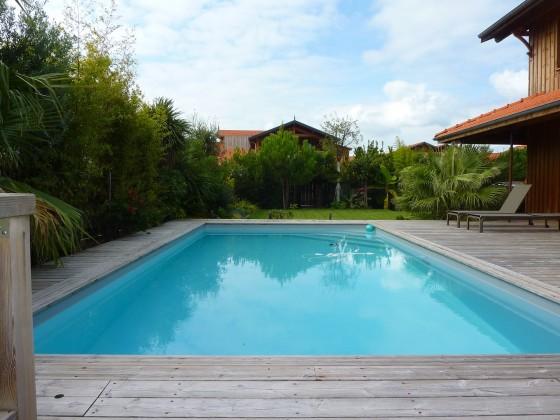 Villa bois de prestige avec piscine proximité d'Arcachon