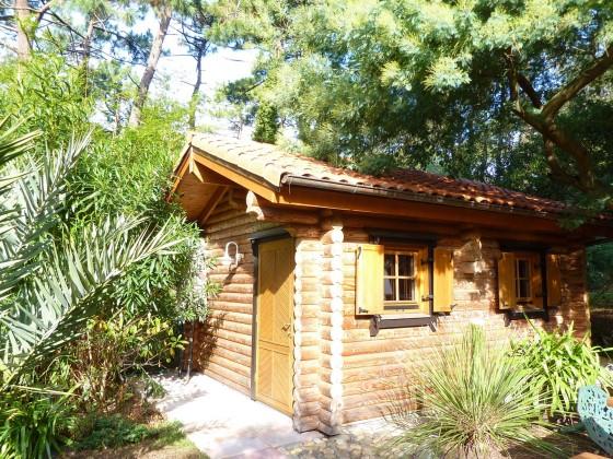 Villa avec joli jardin et pavillon en bois disposant d'un sauna et d'un jacuzzi, 33115 PYLA SUR MER