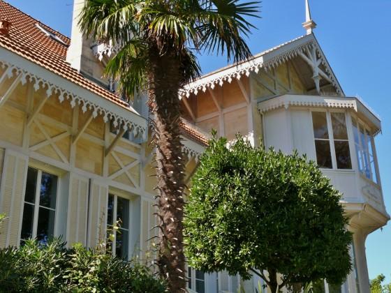 VILLE D'HIVER, Authentique Villa de prestige de 400 m2 à vendre secteur VILLE D'HIVER, 7 chambres, grand parc et piscine ARCACHON 33120