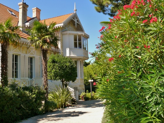 Villa de prestige à vendre 7 chambres prestations haut de gamme VILLE D'HIVER ARCACHON 33120